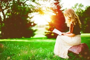 reading-2798775__340